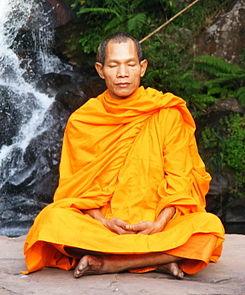 245px-Abbot_of_Watkungtaphao_in_Phu_Soidao_Waterfall